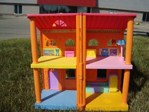 Dora Magically Welcome Multipositional Dollhouse -Works Kitchener / Waterloo Kitchener Area image 3