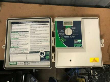 Holman 6 Station Dial Ezy Irrigation Controller