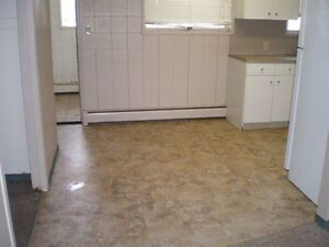 Unit 2 - PET FRIENDLY WITH PRIVATE LAUNDRY!