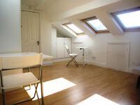 Large bright, newly refurbished studio flat in Shepherds Bush
