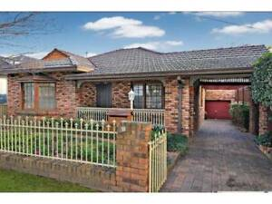 3 BEDROOM HOUSE FOR RENT LAKEMBA!!!!!!!