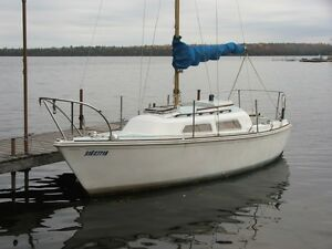 22ft O'Day cabin cruiser, trailer and motor