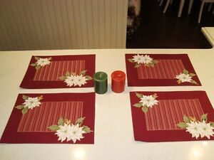Christmas Set of 4 Dual Sided Cotton Placemats and 2 Candles