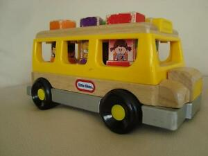 Rare Little Tikes 2003 Wooden School Bus & Shape Sorter
