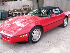 1987 Chevrolet Corvette CV Convertible  102,000 km