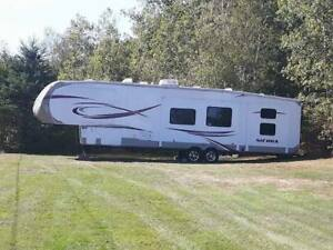 2014 Sierra 41 ft 5th wheel