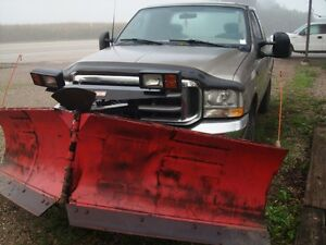 2003 Ford F250 EXT. 4X4  with V  PLOW