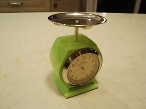 """Urban Station Heavy Cast Weigh Scale Clock - 4.5"""" tall x3"""" Kitchener / Waterloo Kitchener Area image 3"""