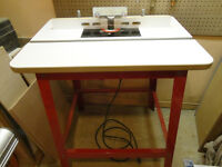 Freud router table, micro adjust fence and Freud 3 1/4HP router