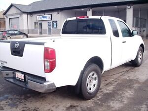 2012 Nissan Frontier S EXT. Cab London Ontario image 3