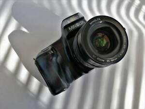 Camera Minolta Dynax 5000i SLR camera with 35-80mm f/4.5-5.6 Lens