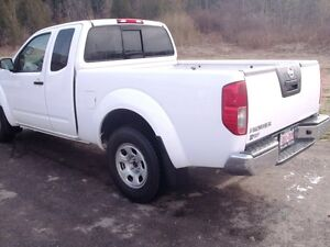 2012 Nissan Frontier S EXT. Cab London Ontario image 2