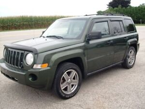 2008 Jeep Patriot Sport  4X4,  127000  km