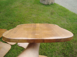 Selling 20 Solid Oak Stained,Clear Coated Contoured Chair Seats Kitchener / Waterloo Kitchener Area image 2
