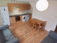*Half price first months rent for tenancies starting before 6th May* 4 Double Bed Flat Battersea