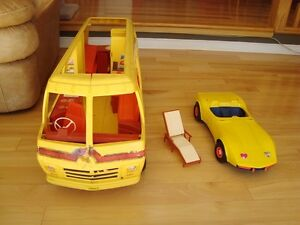 Vintage Barbie 1979 Supervette Yellow Corvette -For Parts/repair Kitchener / Waterloo Kitchener Area image 4