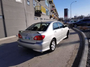 Toyota carolla 2003 for sale (moving out sale) urgent