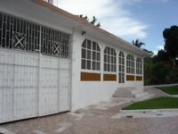 Substantial 4 Bedroom Detached House with Additional Self-contained Annexe. Montego Bay, JAMAICA