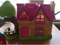 Happyland House with accessories and figures