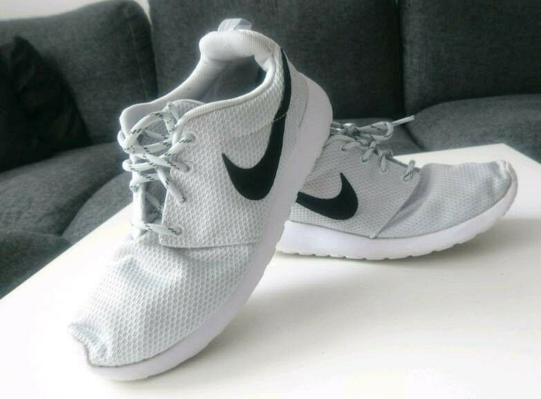 real nike roshe run 38.5 db35b 25e7f