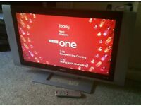 """BEKO 32"""" LCD 1080p Full HD TV. Built in Freeview Excellent Condition Fully Working with Remote"""