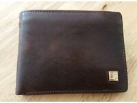 Real leather men's wallet worth £25- NEW unused