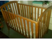 Cot with sliding side