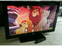 """LG 32"""" LCD 1080p Full HD TV. Built in Freeview Excellent Condition Fully Working with Remote"""
