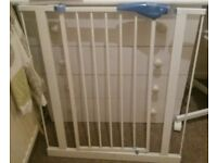 Lindum baby gate