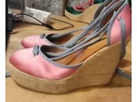 Kurt Geiger New wedges