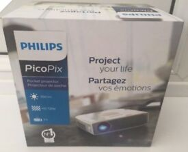 Phillips PicoPix 720p HD Pocket Projector
