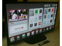 "LG 55"" 3D Smart TV. Freeview HD Built in WiFi Remote Control 3D Glasses  NEW CONDITION"