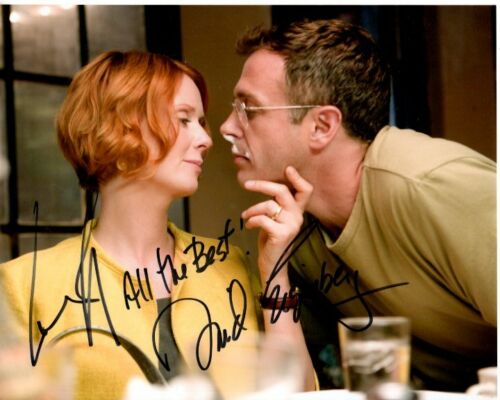 DAVID EIGENBERG and CYNTHIA NIXON signed 8x10 SEX AND THE CITY photo