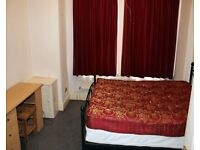 Two rooms through lounge to rent £650 pcm inc of all bills in Wood Green area