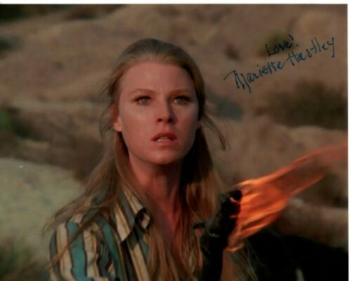MARIETTE HARTLEY signed autographed photo