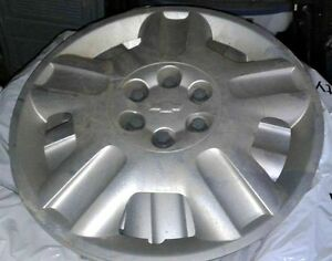 4 hubcaps off a 2007 Chev Uplander. 17""