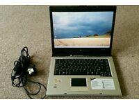 "Acer laptop 15.4"" screen"