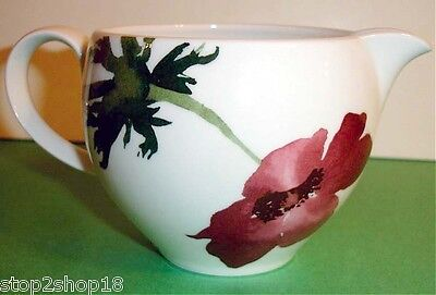 Wedgwood THE PAINTED GARDEN Creamer Milk Jug Floral Motif Made in England -