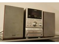 SONY cmt-spz90db hi-fi micro system with 2 speakers. Good working order