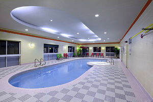 Hotel with Heated Indoor Pool & fitness room, from $650 London Ontario image 5