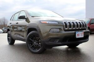 2015 Jeep Cherokee SportPRICED TO SELL... 4WD 4DR SPORT!!