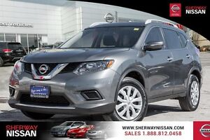 2015 Nissan Rogue S fwd rogue. Clearout pricing on all rogue inv