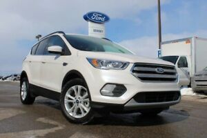 2018 Ford Escape SEL SPECIAL PURCHASE---LTHR---MASSIVE GLASS ROO
