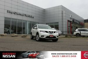 2015 Nissan Rogue SV AWD,accident free trade,includes snow tires