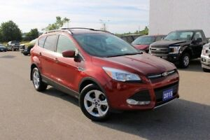 2015 Ford Escape SE  LOW KMS MUST SEE!! SE!! 4X4!! HEATED SEATS!
