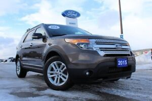 2015 Ford Explorer XLT ONE OWNER---LOCAL SUV AND DEALER  SERVICE
