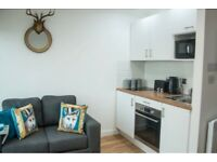 STUDENT ROOM TO RENT IN SALFORD. STUDIO WITH PRIVATE ROOM, PRIVATE BATHROOM AND PRIVATE KITCHEN