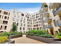 *Modern - 2 Double Bedroom Apartment - With Parking and Balcony- Bermondsey*