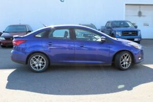 2015 Ford Focus SEPRICED TO SELL... SE PLUS PACKAGE A MUST SEE!!