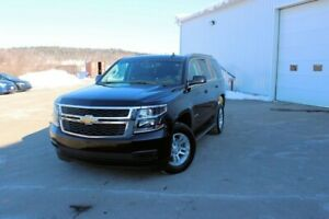 2018 Chevrolet Tahoe LSAWD!! LEATHER!! TOUCHSCREEN!! 8 PASSENGER